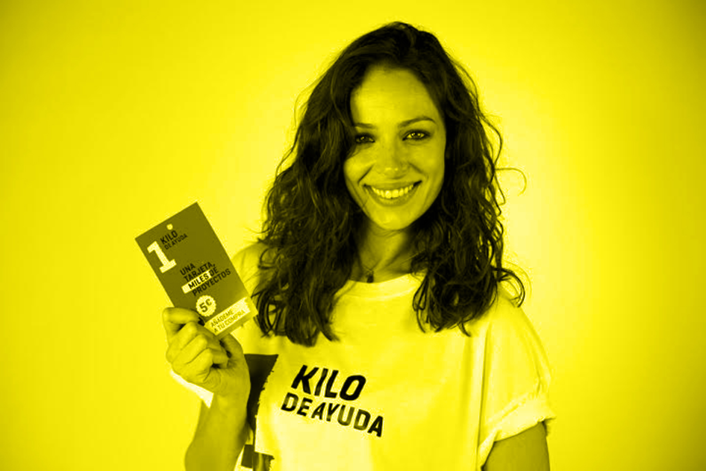 EVA_GONZALEZ_1_KILO_DE_AYUDA_WEB_03_YELLOW